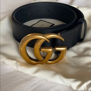Wide Leather GUCCI Belt with Double G